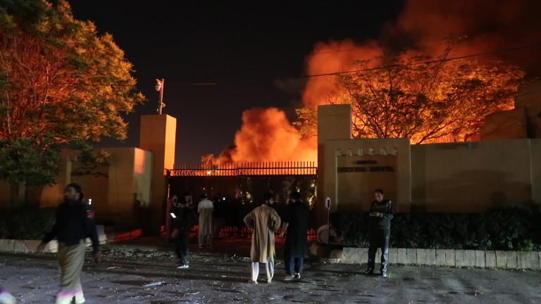 Пакистанските талибани поеха отговорност за атентата в хотела с китайския посланик
