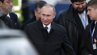 Путин закъснява за срещата си с японския премиер