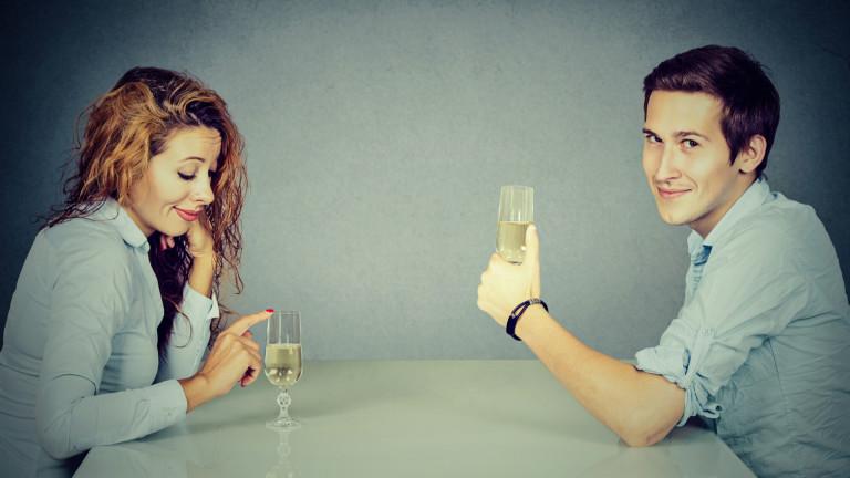 Въпреки че има многоприлики в това как алкохолътвлияе намъжете и