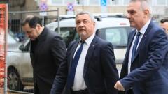Валери Симеонов не харесва Борисов да се бърка толкова в работата на НС