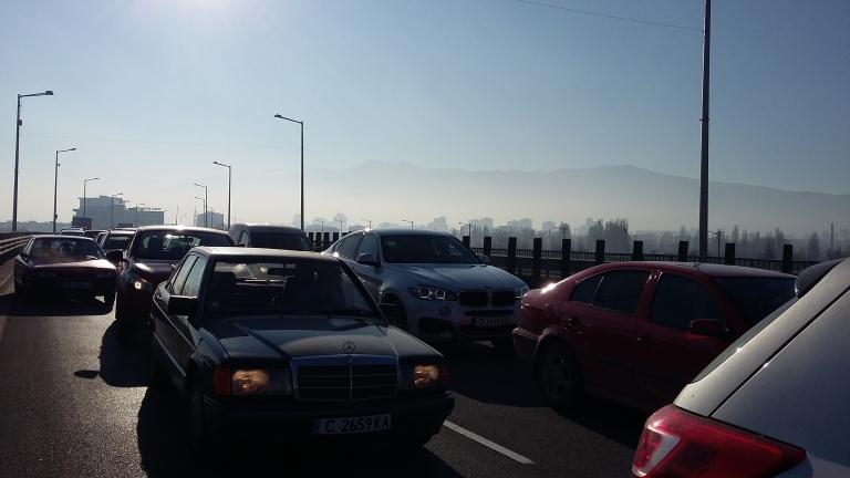 """Гответе се за """"тапи"""" по входовете на София и магистралите"""