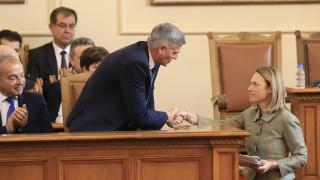 """Кабинетът """"Янев"""" предава на новото правителство променен Плана за възстановяване"""
