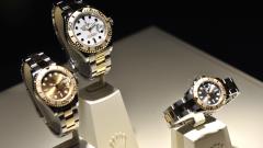 Износът на швейцарски часовници продължава да спада