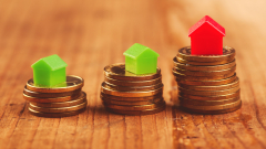 Лихвите по потребителските заеми растат, при ипотечните - спадат