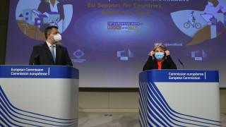 ЕС готви координация на пътуванията, съюзът може да светне в червено от коронаврус