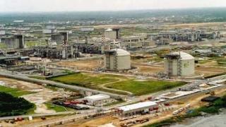 Китай и Катар стискат петролни ръце