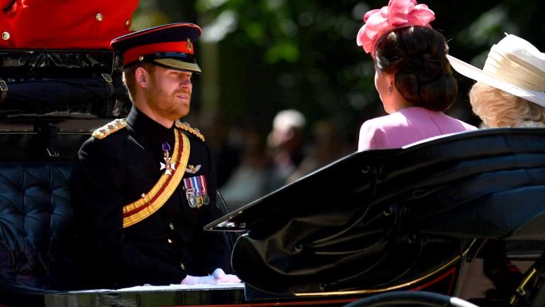 Никой от кралската фамилия не иска да бъде крал или кралица, разкри принц Хари