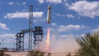 Компанията за космически туризъм на Джеф Безос направи тестов полет на ракетата си New Shepard