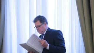 БСП депутат сезира Цацаров за статия на Ненчев срещу Румен Радев