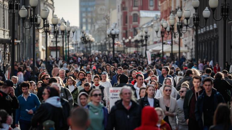 Кметът на Москва сащисан от масовия отказ от ваксинация