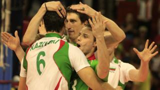 България пак бие Турция