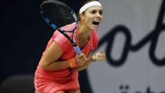 Виктория Томова ще играе с Наоми Осака след победа над Ализе Корне