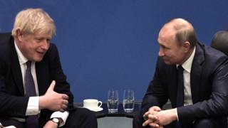 Путин към Борис Джонсън: Оптимизмът и чувството ти за хумор ще ти помогнат срещу коронавируса