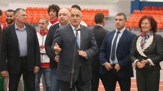 Бойко Борисов: Ние градим, останалите ги бъркат за рошави мъже