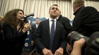 """""""Пет звезди"""" искат първи да съставят правителство в Италия"""