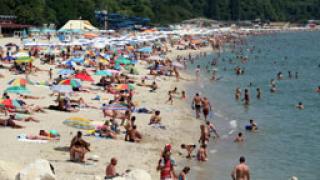 Плажовете ни - без спасители и това лято