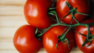 Преборете бръчките...с домати