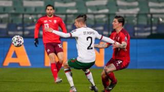 Страхил Попов отсвирил България след натиск от клубния си тим?