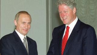 """Бил Клинтън видял """"огромен потенциал"""" в бъдещия президент Путин"""