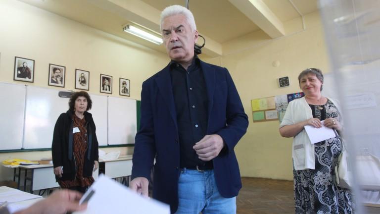 Волен Сидеров влиза в битката за София като мъж в състезание между жени и полумъже