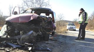 Жена загина при катастрофа край Панагюрище