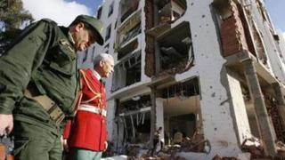 67 станаха жертвите на двойния атентат в столицата на Алжир