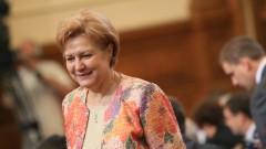 Менда Стоянова обясни акциза за бездимни цигари с 50% ръст на продажбите