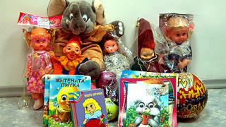 БЧК раздава играчки на болни деца