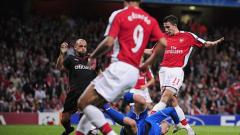 Едуардо пак в игра за Арсенал