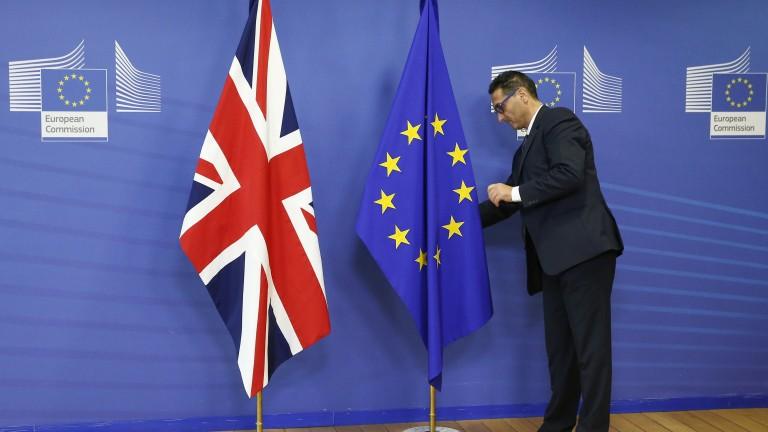 Брюксел предупреди Лондон: Крайният срок на преговорите изтича в неделя