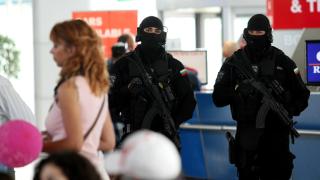 Антитероризъм на хартия и президентски хвалби