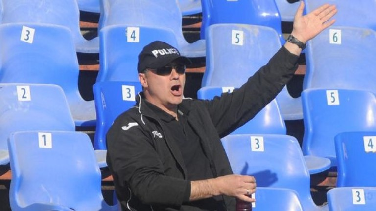 Емил Велев в атака: Стоянович да си хваща пътя и кой откъде е!