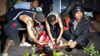 Снайперисти стрелят по протестиращи в Банкок