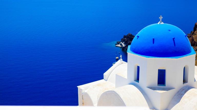 Санторини е едноот най-красивите места в Гърция. С многобройните си