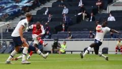 """Тотнъм с обрат срещу Арсенал, измести го от зона """"Европа"""""""