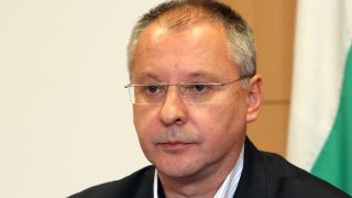 Станишев вече не открива нито политическа логика, нито здрав разум у Нинова
