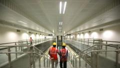 ЕС се опитва да надцака Китай в сделка за инфраструктура в Индия