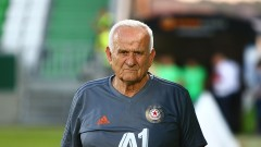 Люпко Петрович продължава да бъде близо до ЦСКА