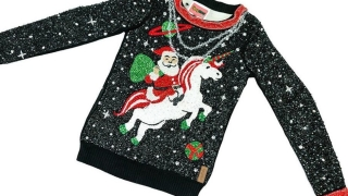 Ето го най-коледния пуловер