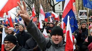 Нови протести в Полша, президентът Дуда разговаря с опозицията