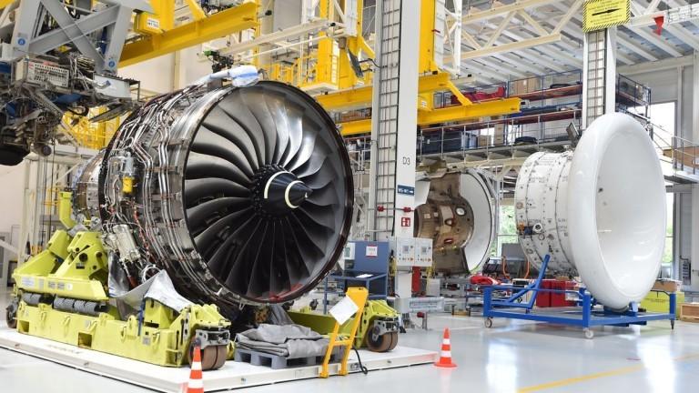 Инженерният гигант Rolls-Royce отчете оперативна загуба през 2019 г. от
