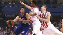 Олимпиакос поведе на Анадолу в плейофите на Евролигата