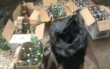 2200 литра менте алкохол спипаха митничари в Златни Пясъци
