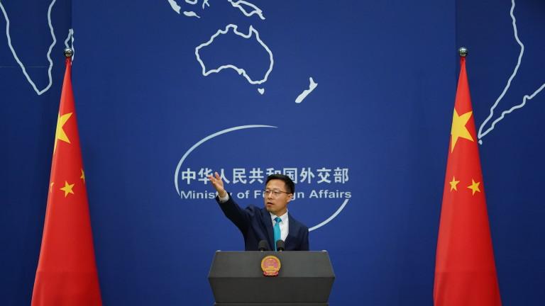 """Китай нарече """"фарс"""" обвиненията на Тръмп, че стои зад кибератаките"""