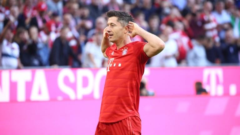 Байерн (Мюнхен) излезе начело в Бундеслига, след като победи с