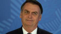 Бразилия ще приеме помощта на Г-7 за Амазония, но само срещу извинение