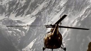 135 души са затрупани под лавината в Пакистан