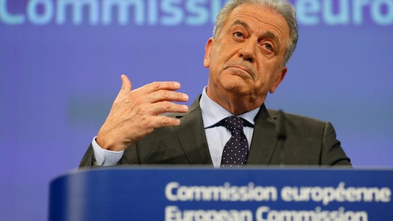 Брюксел настоя страните членки да задържат повече мигранти
