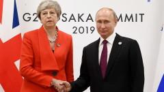 Мей на първата среща с Путин от 3 г.: Престанете да дестабилизирате