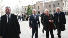 """""""Атака"""" прощават прегрешенията на Плевнелиев, ако смени името на Мусала"""